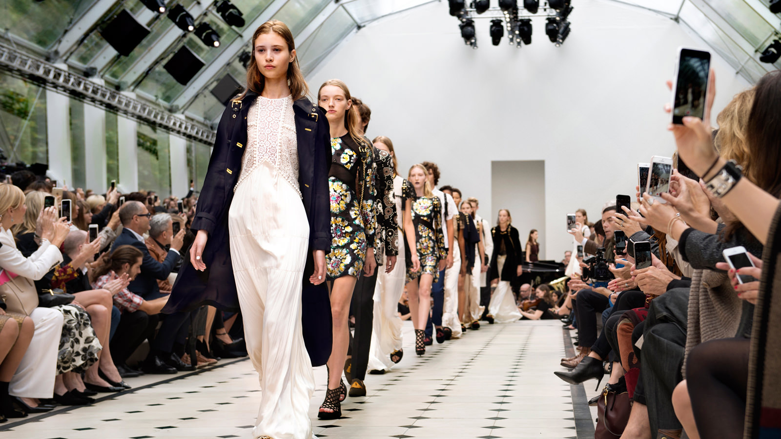 What is london fashion week 54
